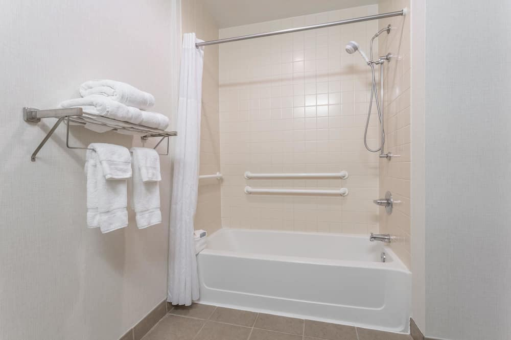 Zimmer, 2Queen-Betten, Nichtraucher - Dusche im Bad