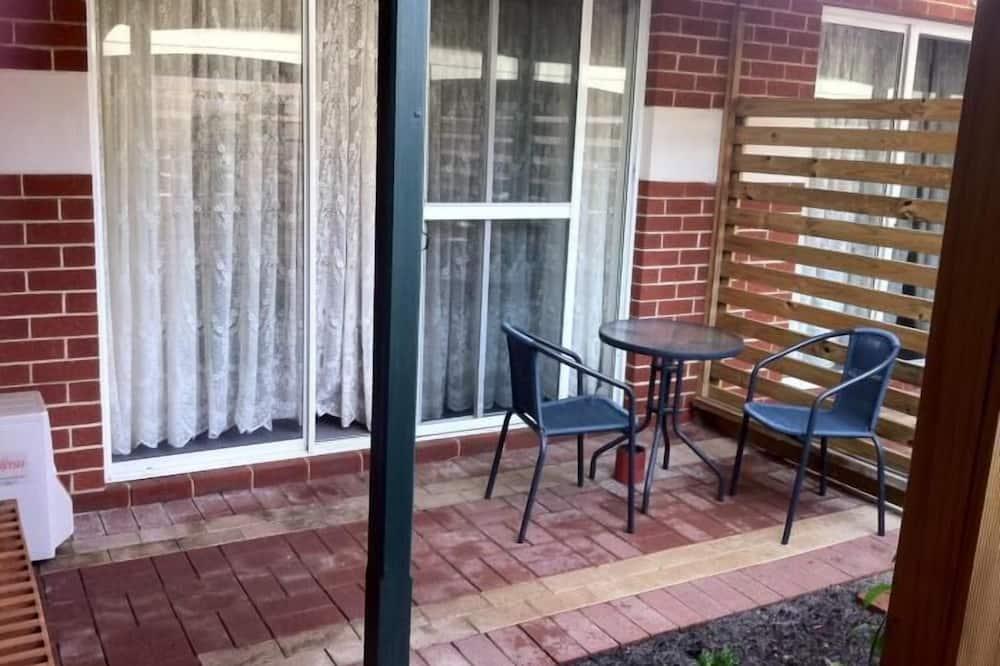 Deluxe Room, Non Smoking, Kitchenette - Terrace/Patio