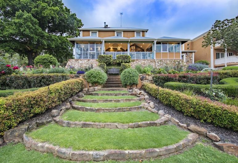 Grand Mercure Basildene Manor, Margaret River, Property Grounds