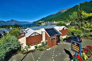 Picture of Melbourne Lodge Apartments & Boutique Bed & Breakfast in Queenstown
