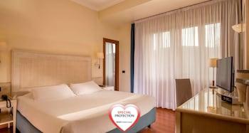 A(z) Best Western Globus Hotel hotel fényképe itt: Róma