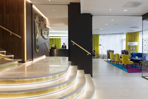 羅森克蘭茲托恩飯店/