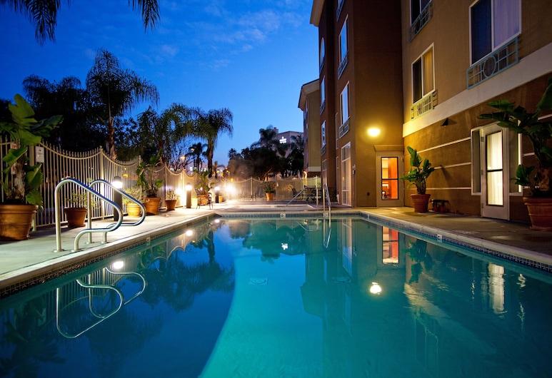 Holiday Inn Express Hotel & Suites San Diego-Sorrento Valley, San Diego, Kolam Renang