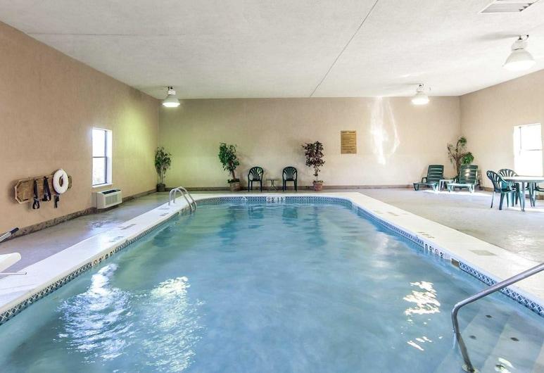 品質套房酒店, 朴茨茅斯(樸茨茅斯), 泳池