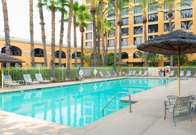 Delta Hotels by Marriott Anaheim Garden Grove, Garden Grove, Esterni