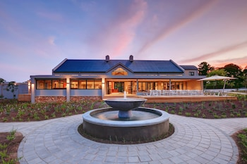 Picture of Knysna Hollow Country Estate in Knysna