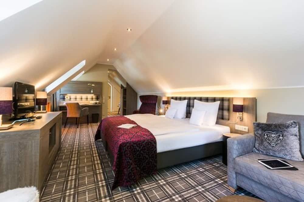 Romantic Double Room - Living Area