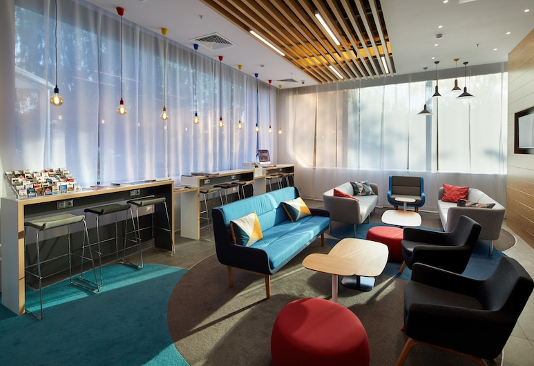 Holiday Inn Express Moscow - Khovrino, Moscow, Lobby
