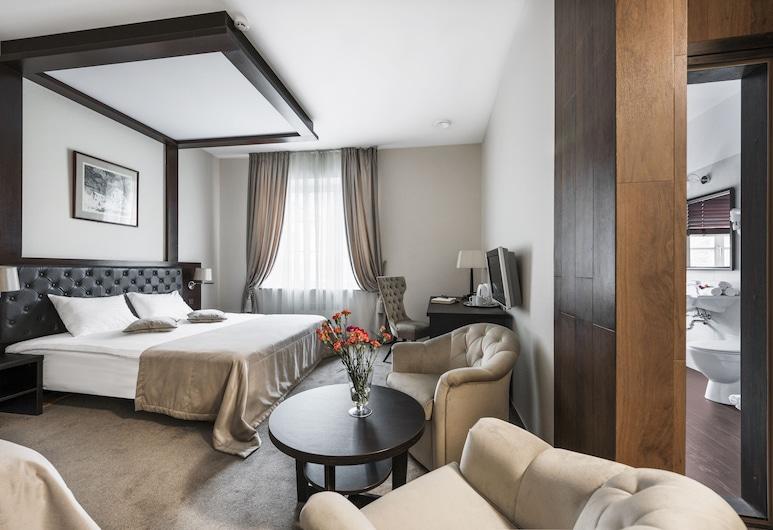 Amberton Cozy Hotel Kaunas, Kaunas, Family Room, Guest Room