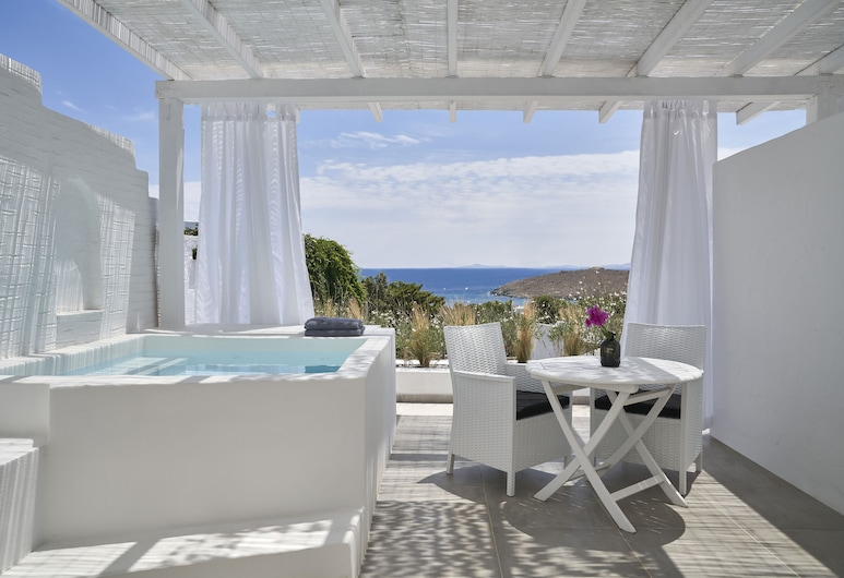 Mr & Mrs White Tinos, Tinos, Deluxe Suite, Jetted Tub, Balcony