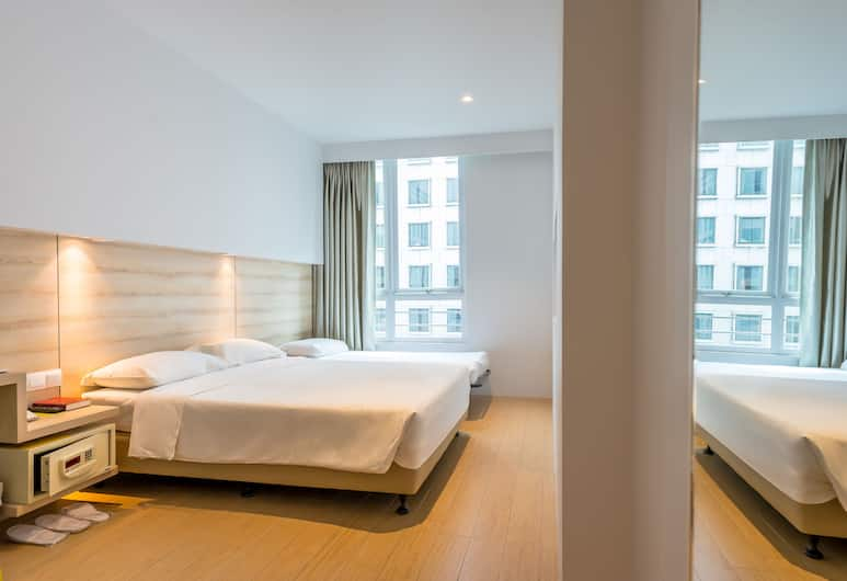 Summer View Hotel, Singapore, Deluxe Triple Room, Guest Room
