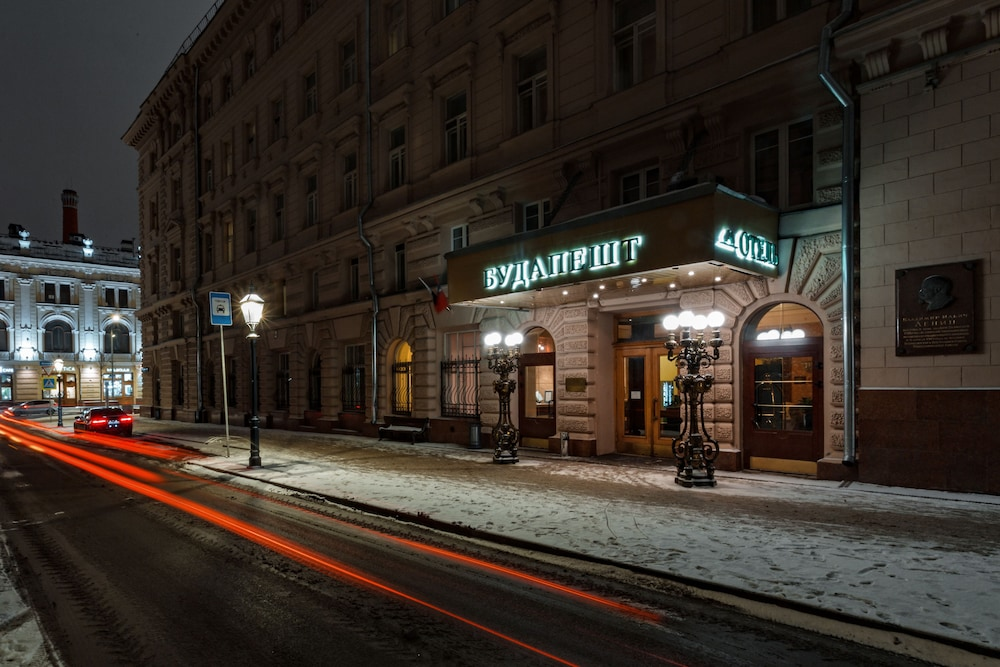 Hotel Budapest, Moscow