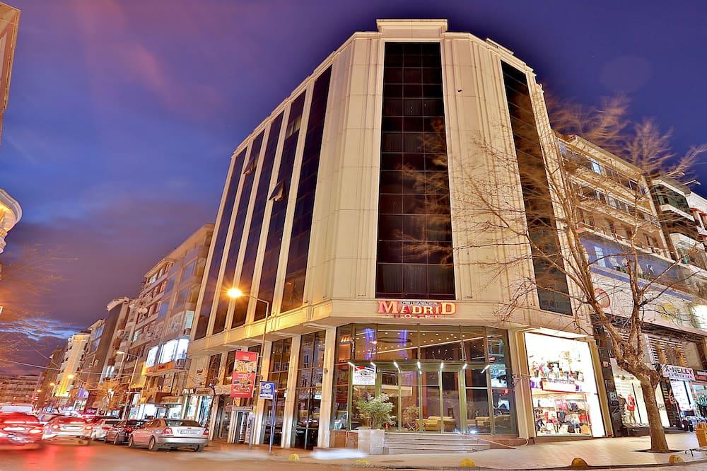 Grand Madrid Hotel, Istanbul