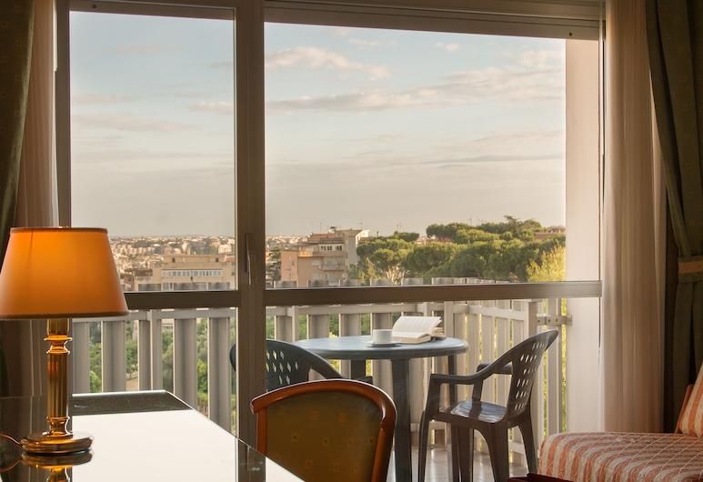 Park Hotel Dei Massimi, Rome, Superior Quadruple Room, Guest Room