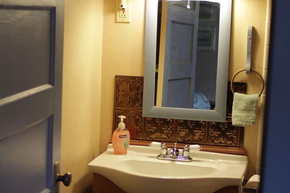 Standardværelse - 1 kingsize-seng (Room 2) - Badeværelse