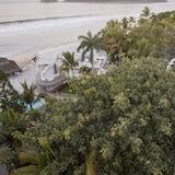 Utsikt mot strand/hav
