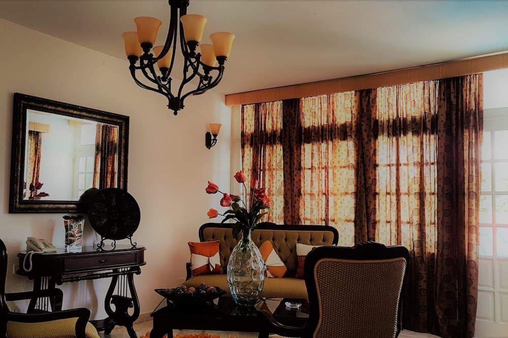 Camera doppia, 2 letti queen - Area soggiorno