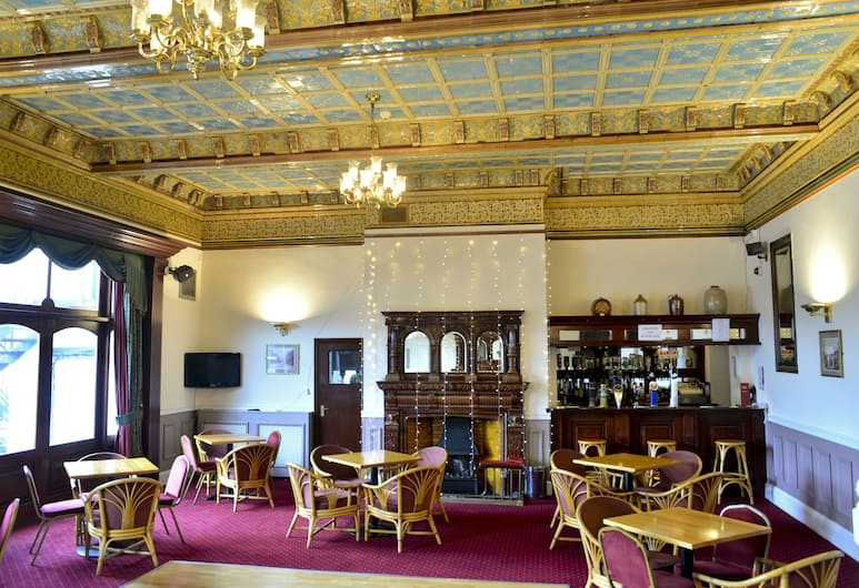 County Hotel, Carlisle, Hotel Bar