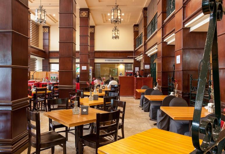 Bayview Park Hotel Manila, Manila, Hotel Bar