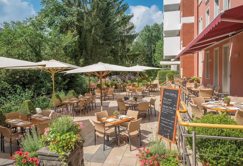 โรงแรมโอราเนียน วีสบาเดิน, วีสบาเดิน, ลานระเบียง/นอกชาน