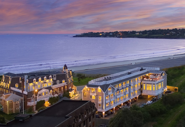 Newport Beach Hotel & Suites, Middletown