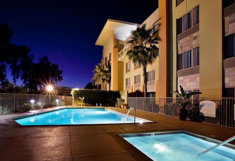 Holiday Inn Express Fremont-Milpitas Central, Fremont, Pool