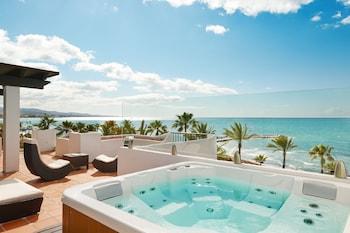 Фото Puente Romano Beach Resort  у місті Марбелья