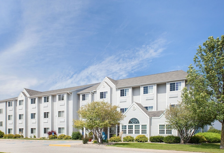 Microtel Inn & Suites By Wyndham Clear Lake, Clear Lake