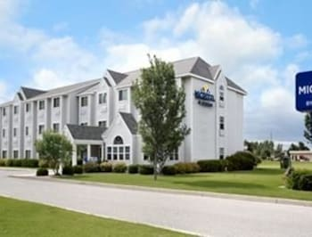 Picture of Microtel Inn & Suites By Wyndham Clear Lake in Clear Lake