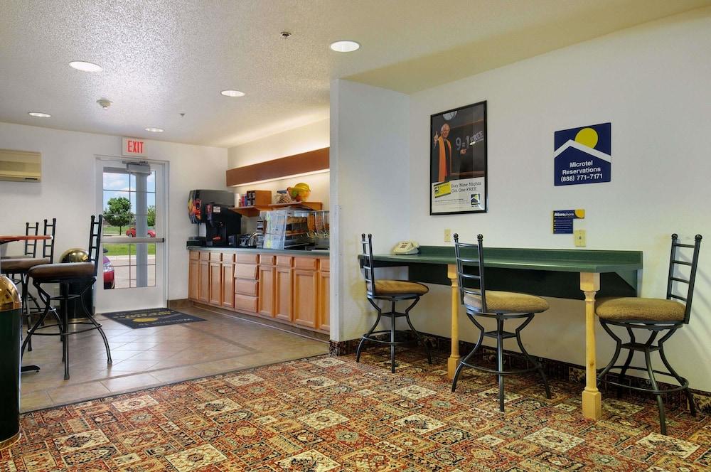 Microtel Inn U0026 Suites By Wyndham Owatonna, Owatonna, Property Amenity