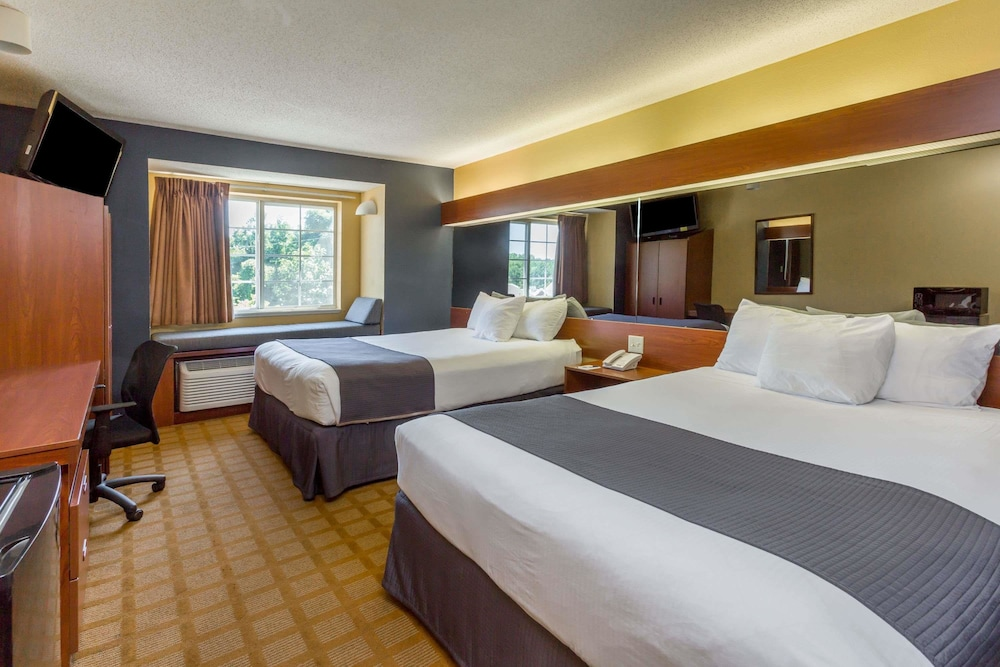 Microtel Inn Suites By Wyndham Hillsborough Standard Room 2 Queen Beds
