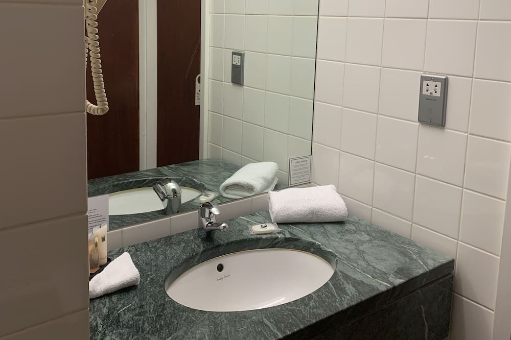 Standaard tweepersoonskamer - Badkamer