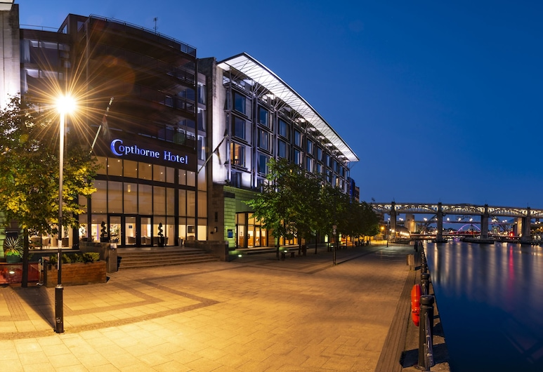 Copthorne Hotel Newcastle, Newcastle-upon-Tyne, Hotel Front – Evening/Night