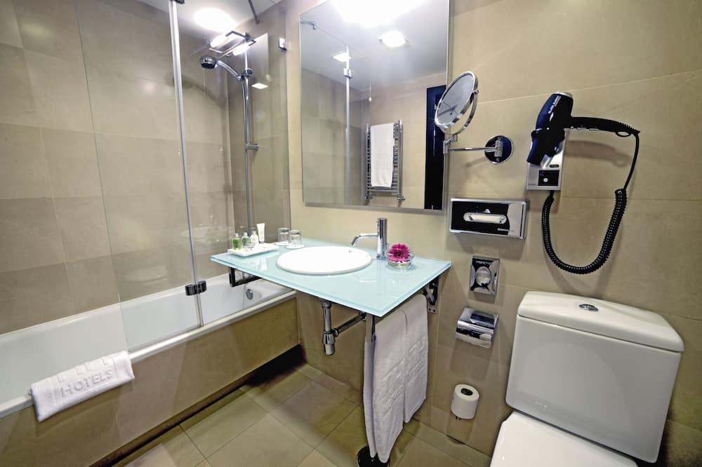 Standard Μονόκλινο Δωμάτιο, Βεράντα - Μπάνιο