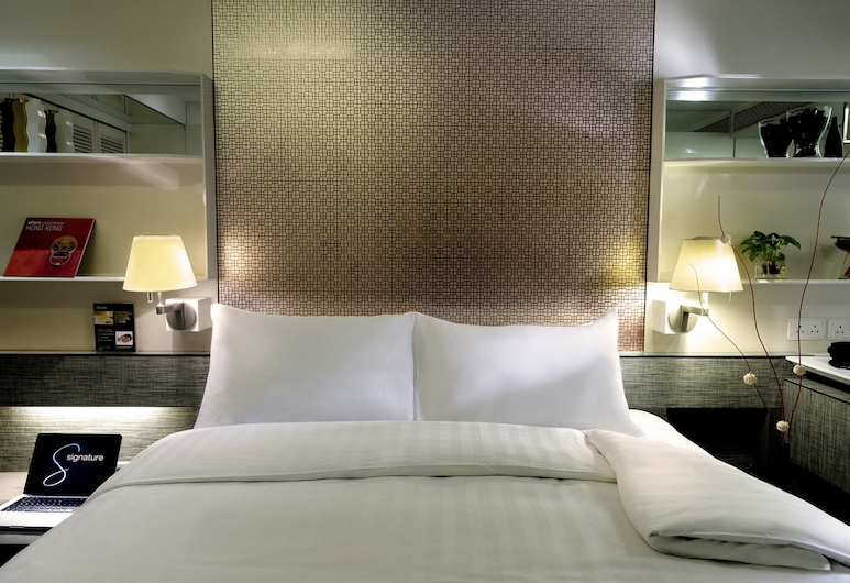 Charterhouse Causeway Bay, Hong Kong, Signature Room, Guest Room