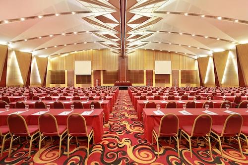 Book Hotel Ciputra Jakarta In Jakarta Hotels Com