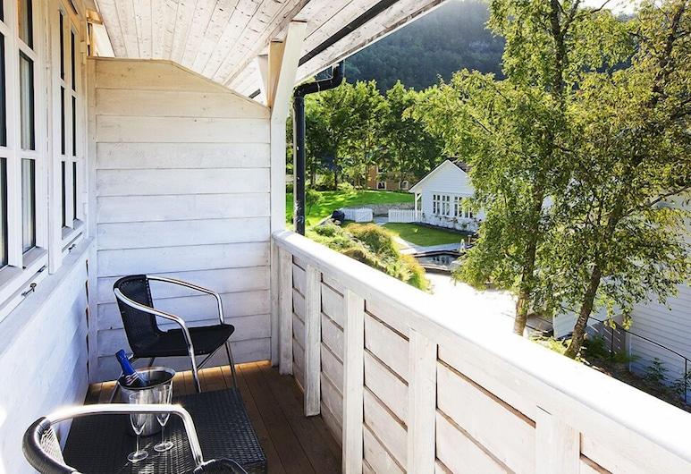 Fjordslottet Hotell, Όστεροϊ