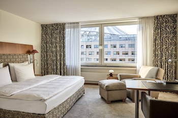 Foto van The Mandala Hotel Berlin in Berlijn