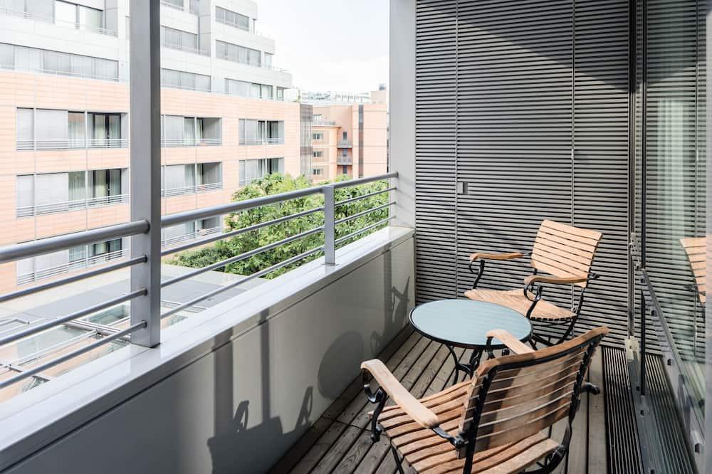 Suite (Management) - Balcony