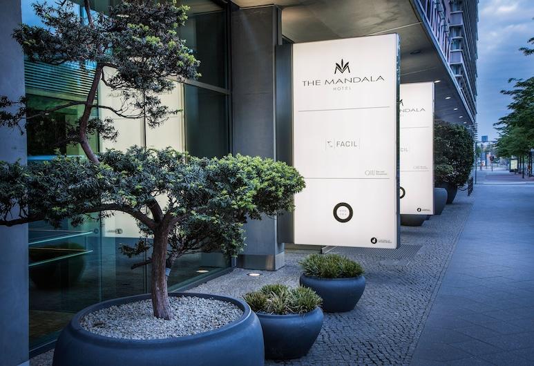 The Mandala Hotel Berlin, Берлин