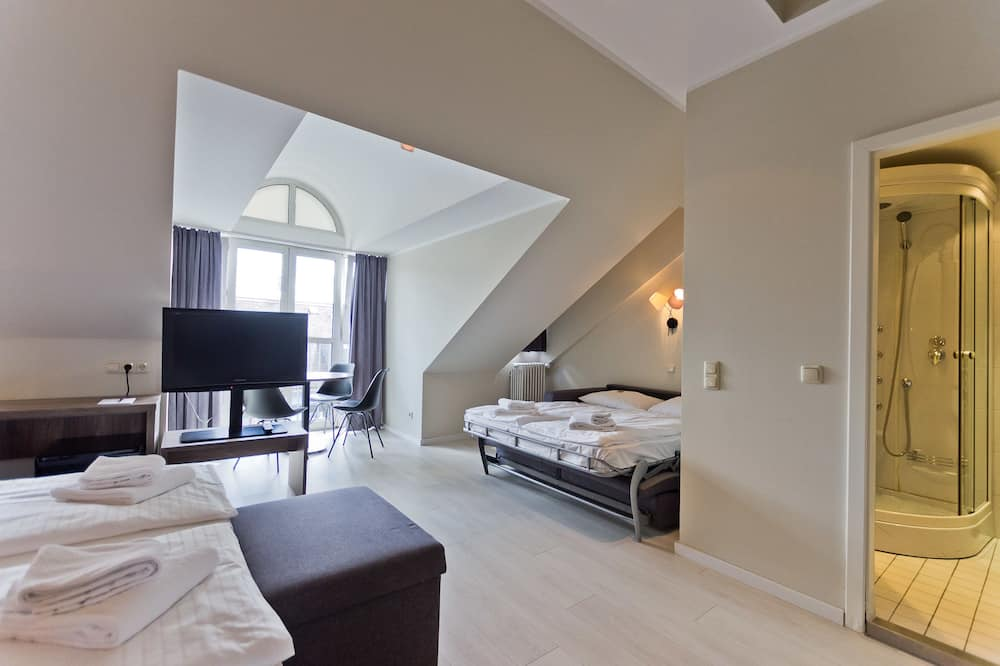 Standard Room, 1 Double Bed with Sofa bed - Guest Room