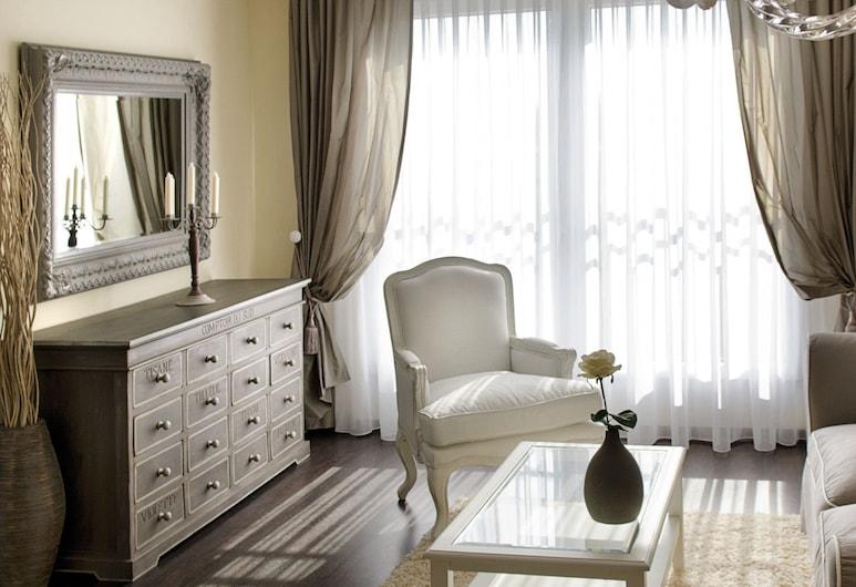 Victor's Residenz-Hotel Saarlouis, Saarlouis, Suite, Ruang Keluarga
