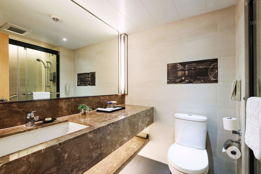 Premier Room (2pax) - Bathroom