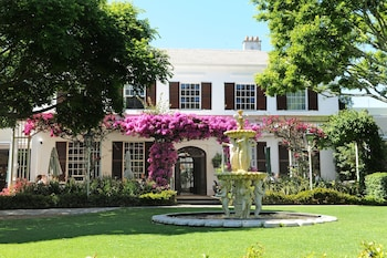 Picture of Vineyard Hotel in Cape Town
