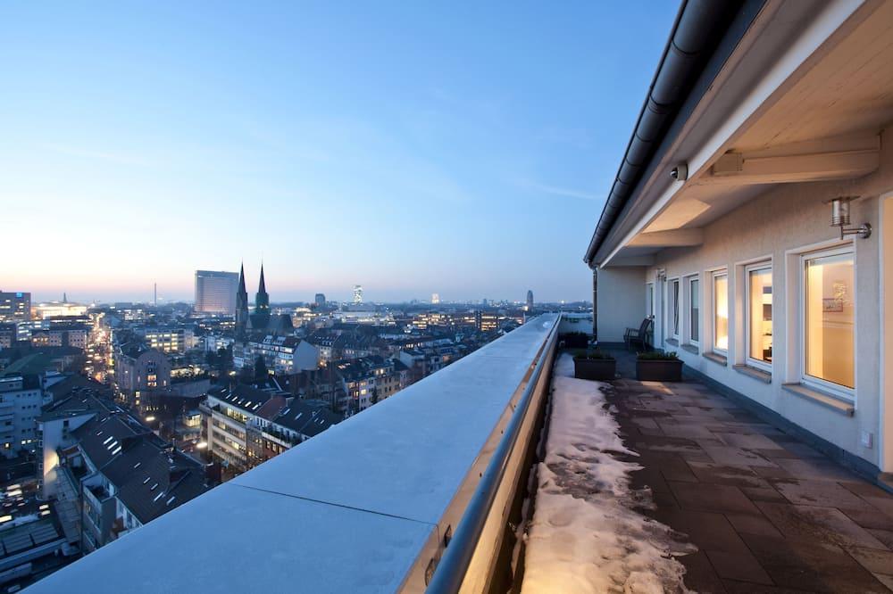 Penthouse (Single Use) - Balcony
