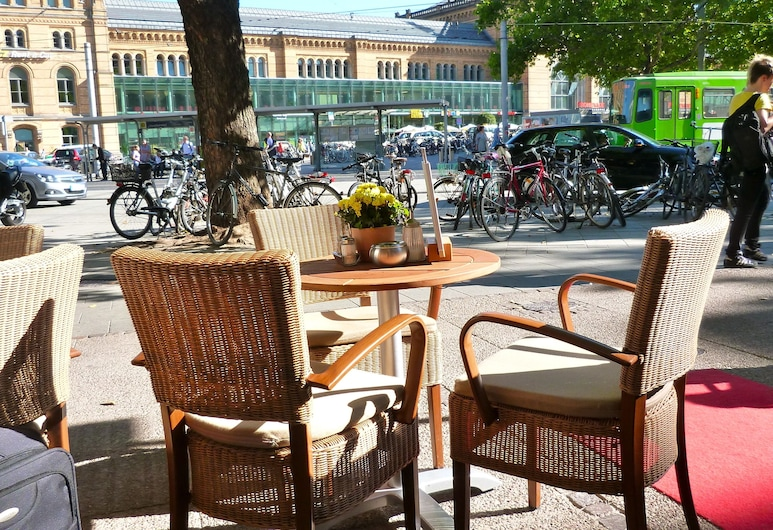 Central-Hotel Kaiserhof, Hannover, Terasa