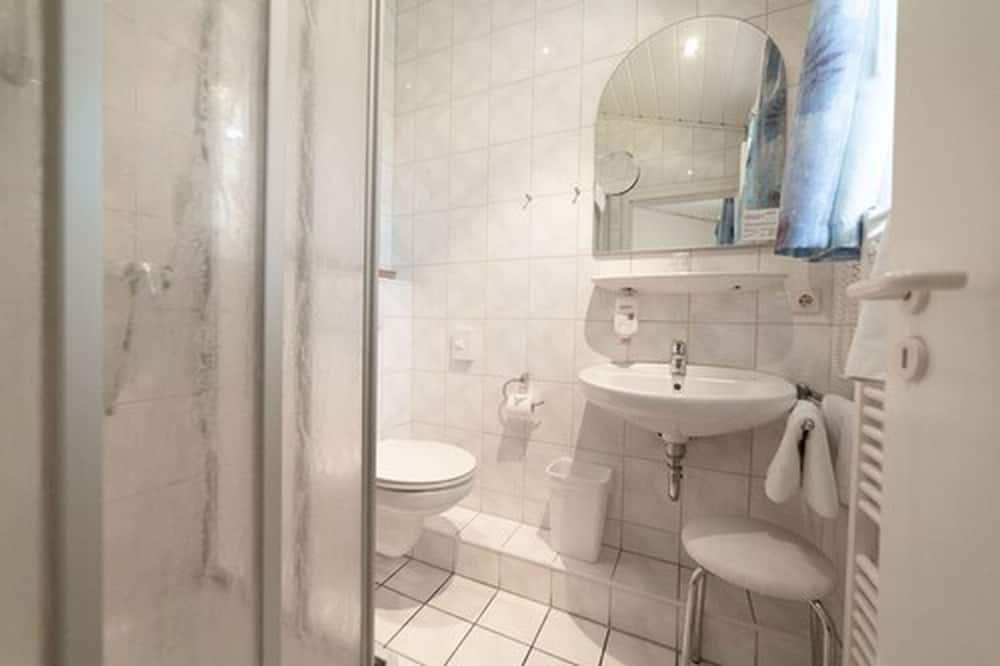 Single Room ((3 Stars)) - Bathroom