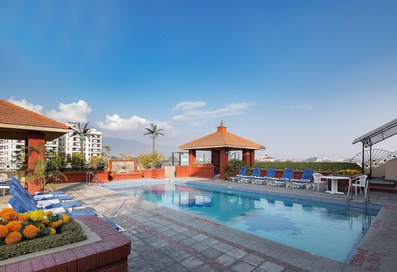 Radisson Hotel Kathmandu, Kathmandu, Pool