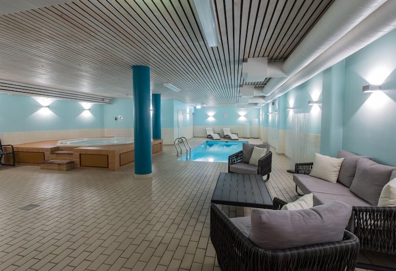 皇家角落品质酒店, Växjö, 室内游泳池
