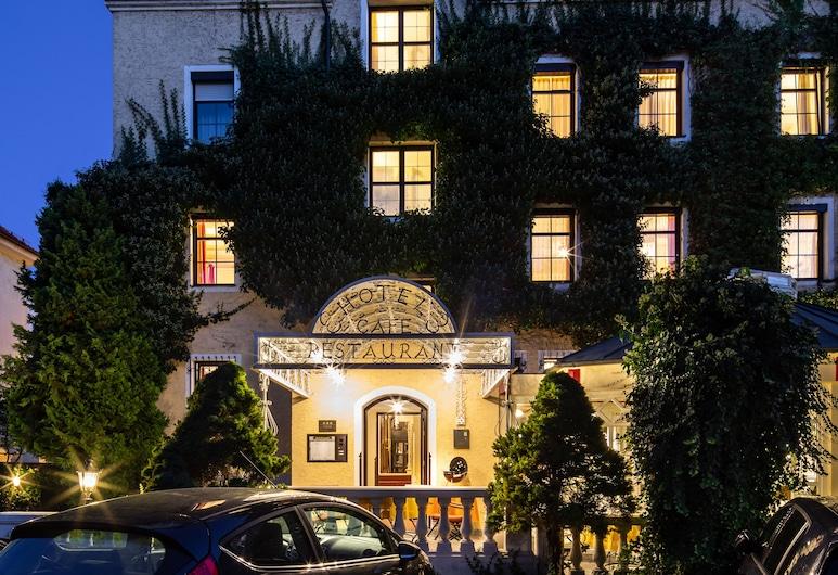 Romantik Hotel Fürstenhof, Landshut, Hotel Front